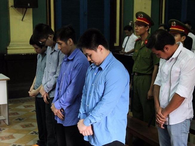 Đang xét xử vụ bị đánh chết sau khi cự cãi CSGT