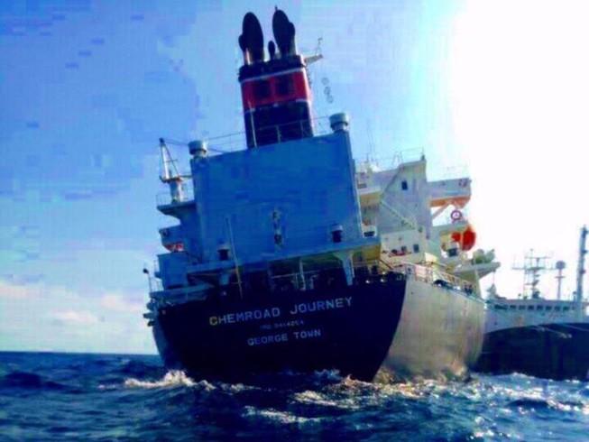 Thời tiết nơi tàu chở hóa chất gặp nạn rất xấu