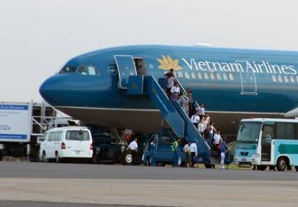 Ba chuyến bay Vietnam Airlines nối chuyến bị hủy do đình công China Airlines