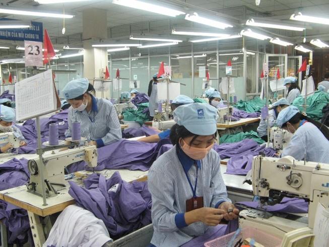 Lương lao động dệt may Việt Nam bằng một nửa Malaysia