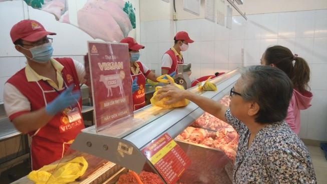 Heo nội thua lỗ, Việt Nam vẫn nhập nhiều thịt ngoại