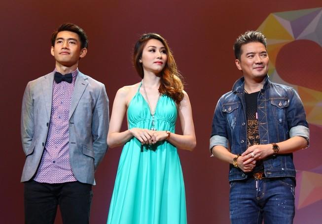 Quang Đăng và Đàm Vĩnh Hưng làm giám khảo ở Singapore