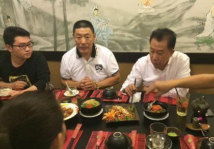 Yan Can Cook đến thăm Phi Nhung
