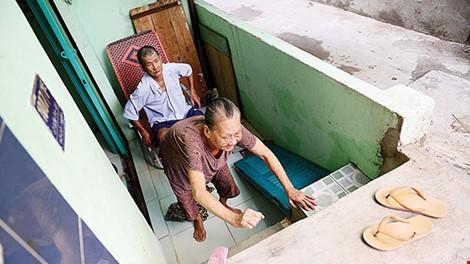 Bí thư Thăng yêu cầu giám đốc Sở GTVT giải trình vụ đường cao hơn nhà dân