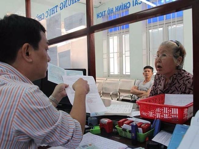 TP.HCM: Động viên hơn 1.000 cán bộ nghỉ hưu trước tuổi