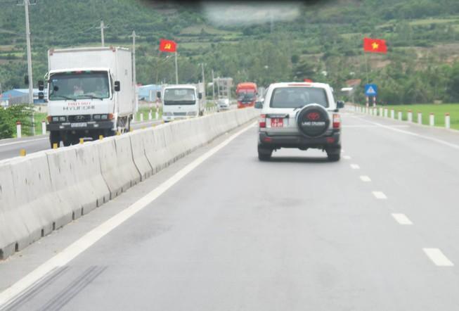 Thông xe quốc lộ 1 mở rộng đoạn qua Phú Yên sớm ba tháng