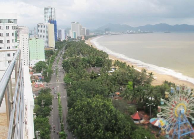 Đình chỉ các dự án xây cao ốc quá 40 tầng ở Nha Trang
