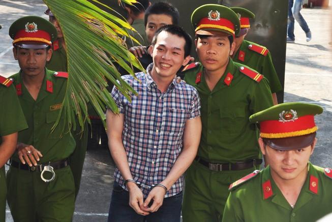Tăng án phạt đối với cựu công an viên đánh chết học sinh
