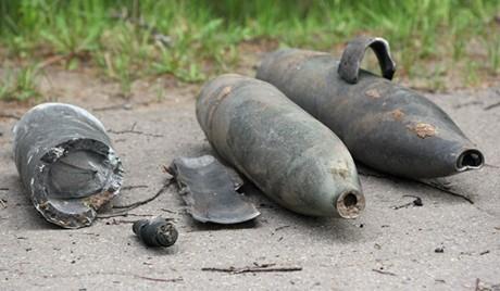 Cưa bom, 3 thanh thiếu niên chết thảm