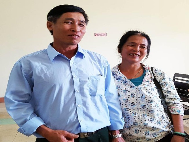 Thầy giáo bị giam oan đi dạy học trở lại