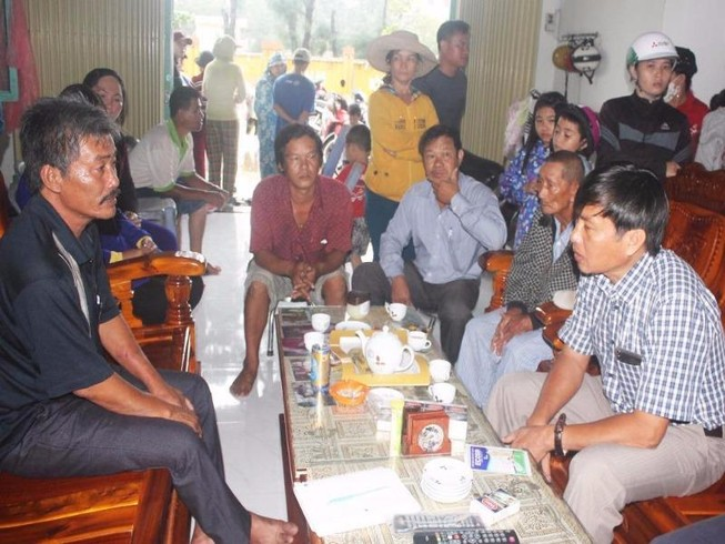 Phú Yên: 3 ngư dân bị lũ cuốn sống sót thần kỳ