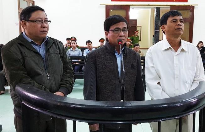 Rút kháng nghị về tăng hình phạt với 13 cựu cán bộ