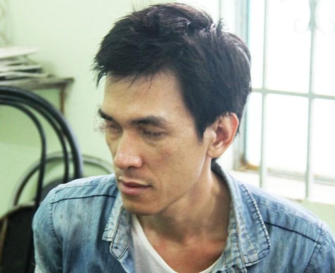 Xác minh kẻ ngáo đá, khống chế đâm người ở Nha Trang