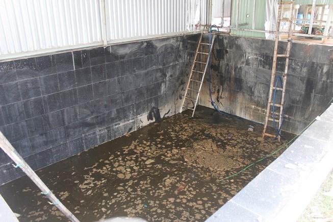 5 người chết trong hầm nước cá có thể bị ngạt khí độc