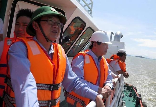 Hiểm họa chực chờ từ 8 con tàu chìm ở biển Quy Nhơn