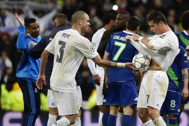 Thành Madrid có hai người hùng…