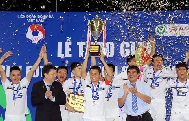 Kết thúc giải Vô địch Futsal: Hai đội Khánh Hòa áp sát Thái Sơn Nam