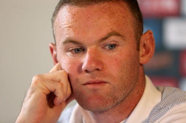 Rooney… sướng với việc làm anh cả tuyển Anh