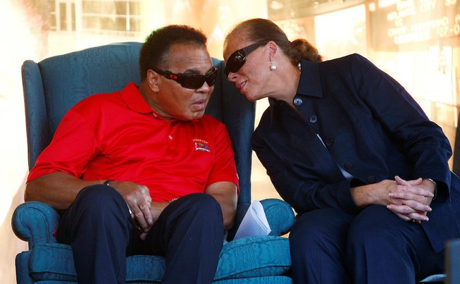 Vĩnh biệt Huyền thoại Muhammad Ali