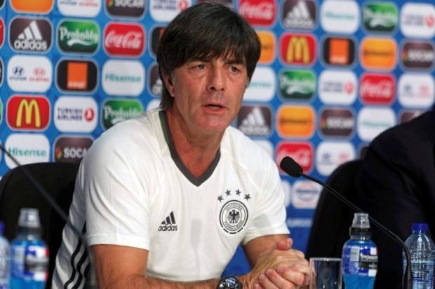 Joachim Loew: 'Đức không thể lấy chấn thương để biện hộ'