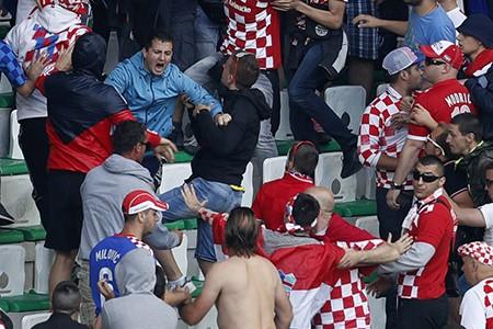 'Khủng bố thể thao' phức tạp hơn…IS