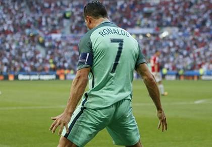 Những cái nhất sau vòng bảng Euro 2016