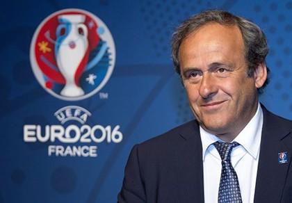 Huyền thoại Platini làm gì trong trận Đức - Pháp?