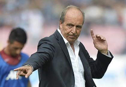 Tân HLV tuyển Ý lo lắng về tương lai của Pelle, Balotelli