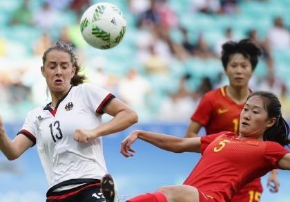 Tứ kết bóng đá nữ Olympic: Mỹ thành cựu vô địch