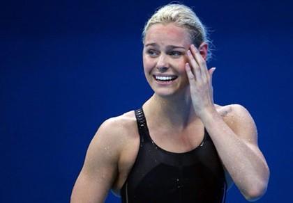 Cô gái suýt bỏ bơi lội vì lùn giành HCV lịch sử