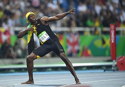 'Tia chớp' Usain Bolt dễ dàng giành HCV đầu tiên ở Olympic Rio