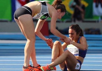 Một hình ảnh đáng trân trọng đầy tinh thần fair play tại Olympic