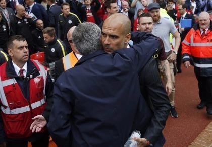 Mourinho nói gì về thua trận derby?