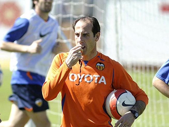 Valencia thay tướng đổi vận