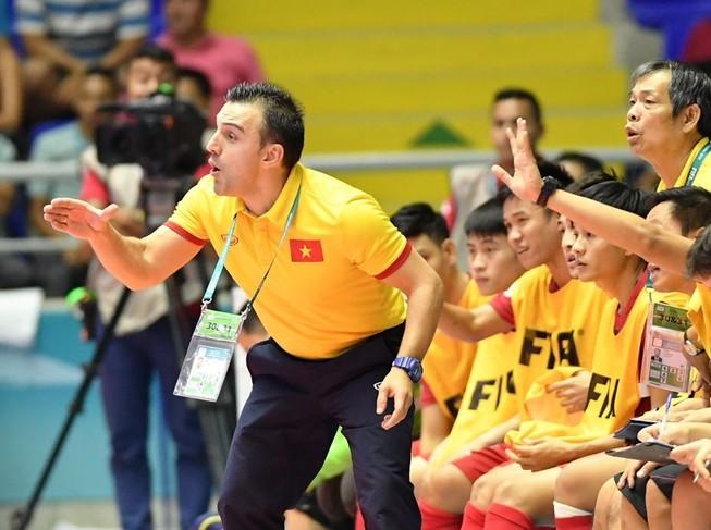 Bruno Garcia bất ngờ chia tay Futsal Việt Nam
