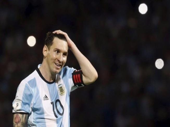 Messi hứa chia tay tuyển với tư cách vô địch thế giới
