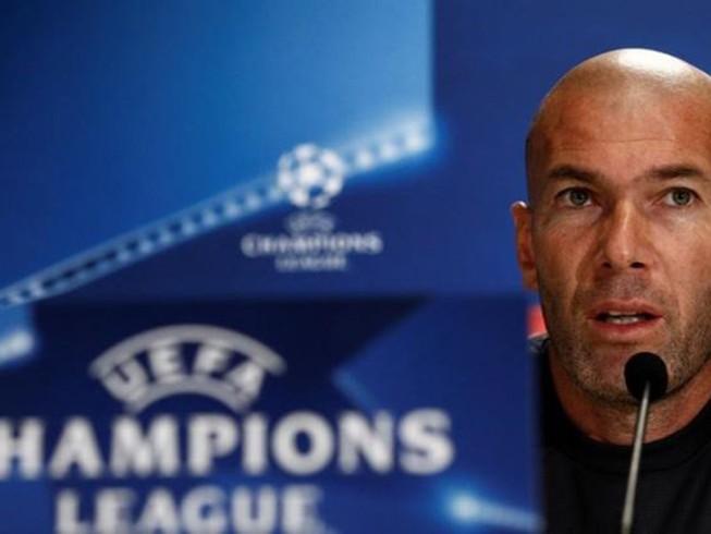 Zidane: Chẳng lợi gì khi Real chơi sân không khán giả