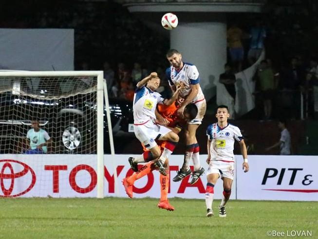 SHB Đà Nẵng thua sốc nhà vô địch Lào