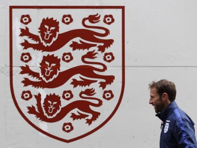 Họ nói gì về việc Southgate chính thức là HLV tuyển Anh