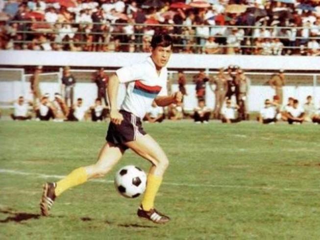 Vua mới của Thái Lan là một nhà thể thao tài năng