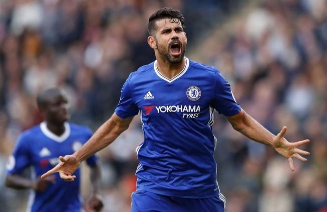 Costa có thành tích là... làm màu