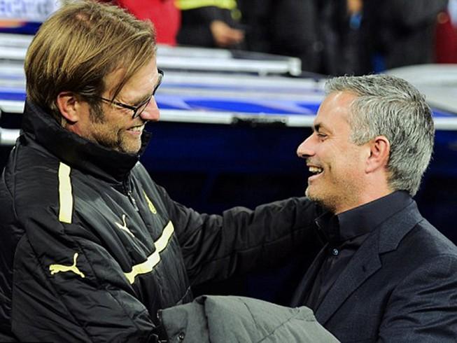 """Mourinho biến Old Trafford thành """"sân khấu của ác mộng"""""""