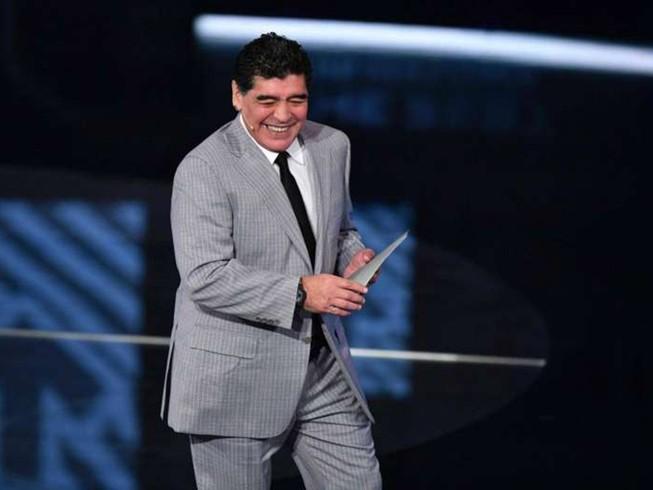 FIFA làm con tim Maradona... vui trở lại
