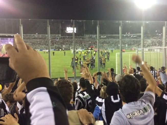 Bạo động bóng đá ở Brazil, một người chết