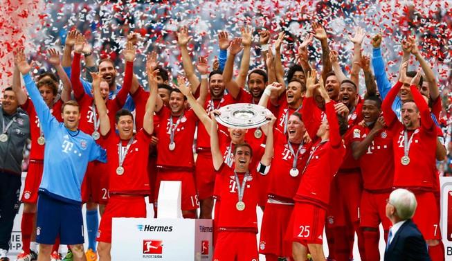 Đêm qua, Bayern vô địch Bundesliga lần thứ năm liên tiếp
