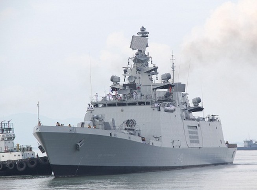 Chiến hạm hải quân Ấn Độ cập cảng Đà Nẵng