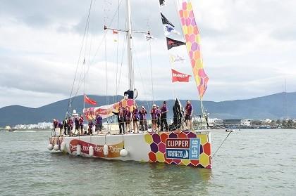 Đội đua thuyền buồm vòng quanh thế giới cập cảng Đà Nẵng