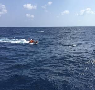 34 ngư dân bị tàu lạ đâm chìm trên biển Hoàng Sa sắp vào bờ