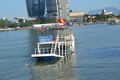 Vụ chìm tàu trên sông Hàn: Chở quá tải, không có giấy phép xuất bến