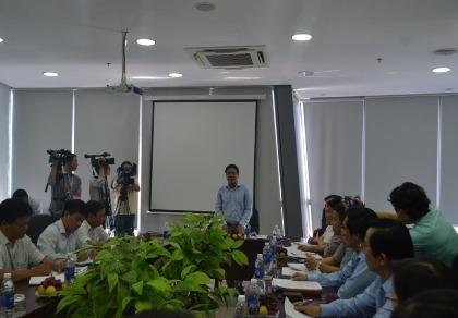 Hướng dẫn viên Trung Quốc 'lộng hành': Khó xử lý vì người Việt tiếp tay